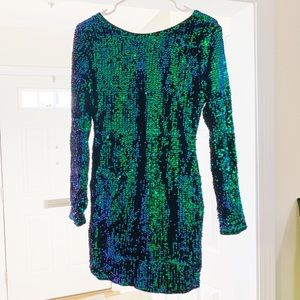 Sequin V-back Mini Dress